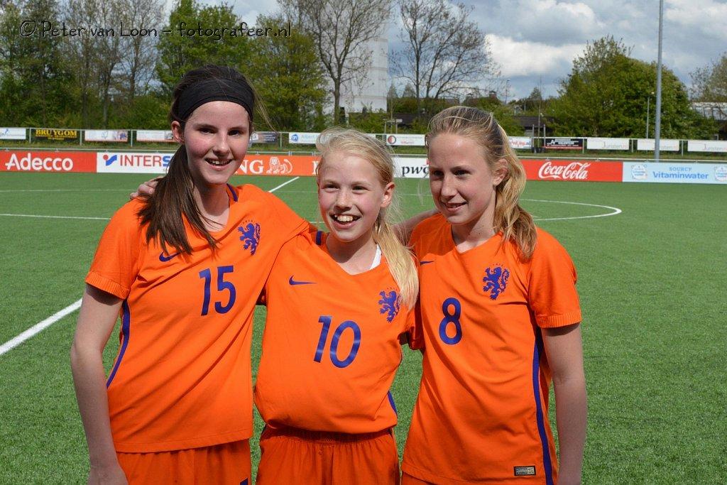 Oefeninterland Nederland O15 - Ierland O16